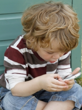 toddler playing phone app games avoid meltdown