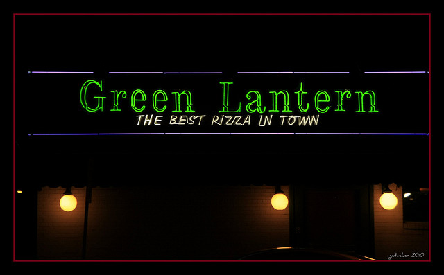Restaurant Review Green Lantern Pizzeria And Lounge