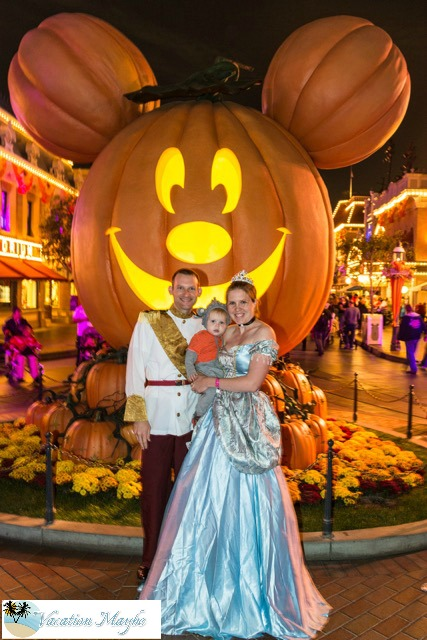 Celebrate Halloween at DisneyLand