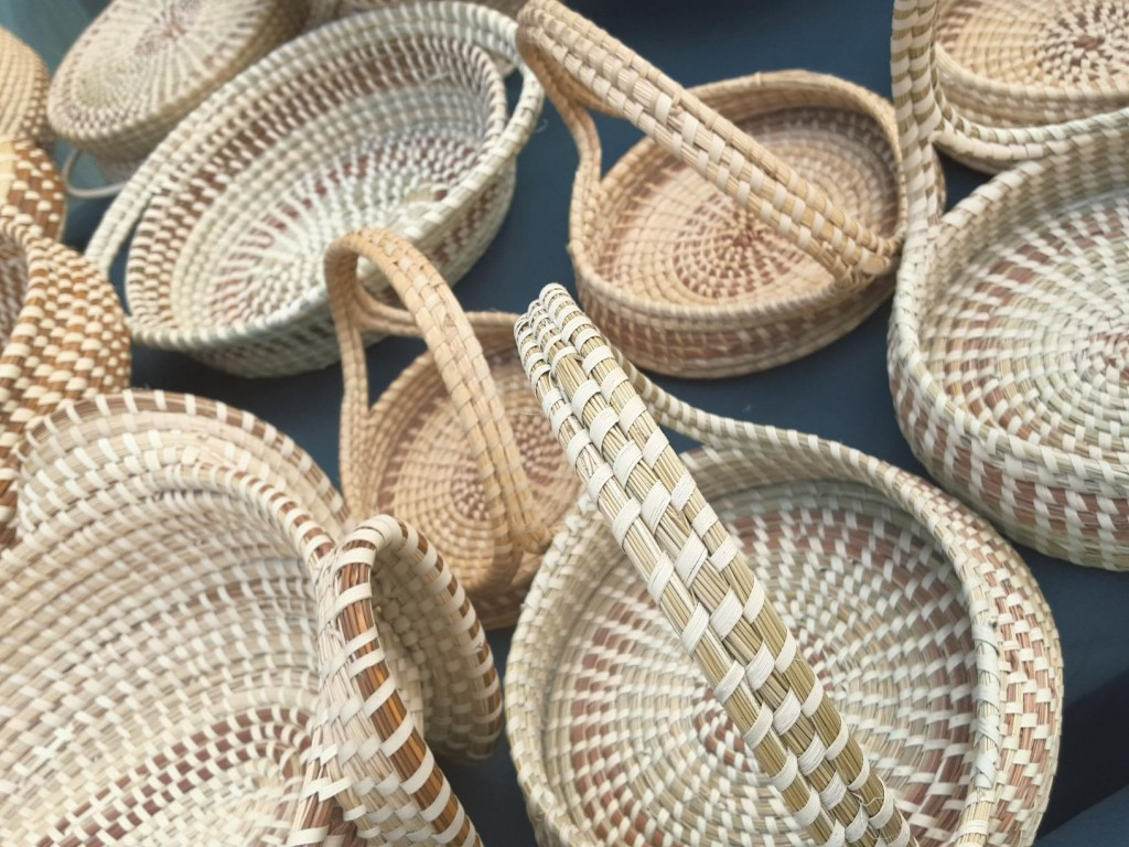 Visit Charleston SC flat bottom baskets