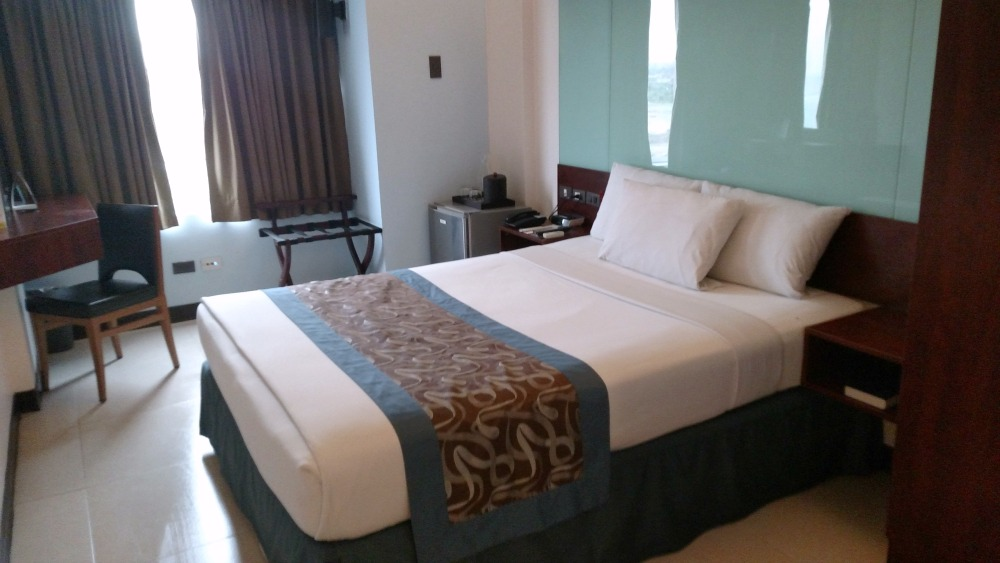 The rooms at the Microtel by Wyndham Hotel in Manila are comfortable clean and stylish
